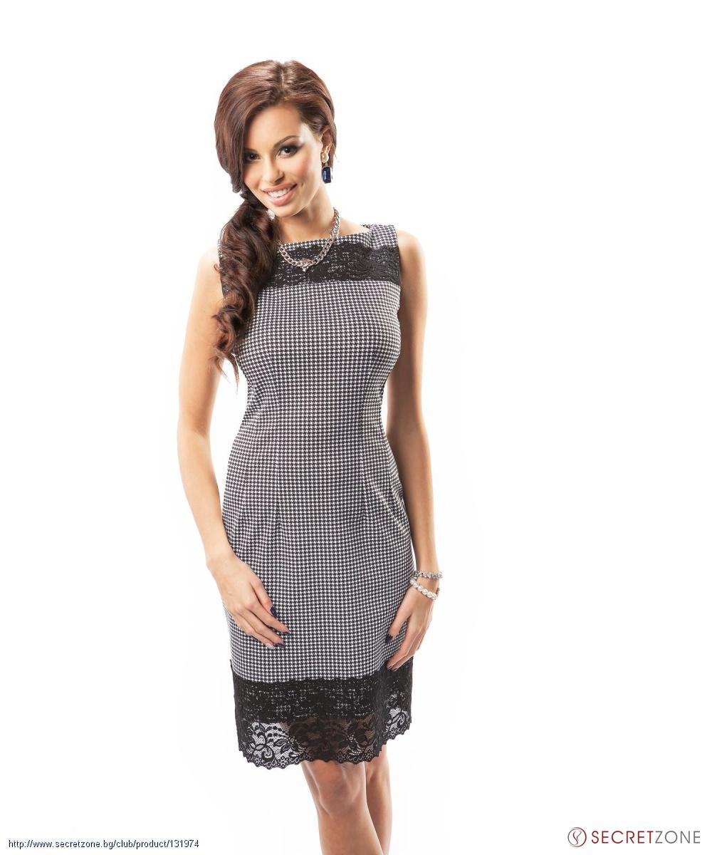 cea4d626e13 Стилна къса рокля Enny в черно-бял пепит с дантела | Secretzone.bg