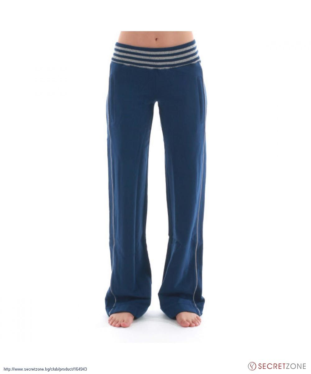 bd2256e0aa6 Спортен панталон в син цвят с пайети от Nolita | Secretzone.bg