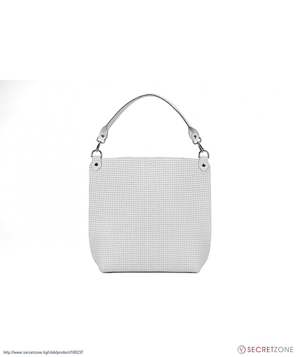 05f291a6c64 Бяла дамска чанта Almini Milano с плетен релефен ефект | Secretzone.bg