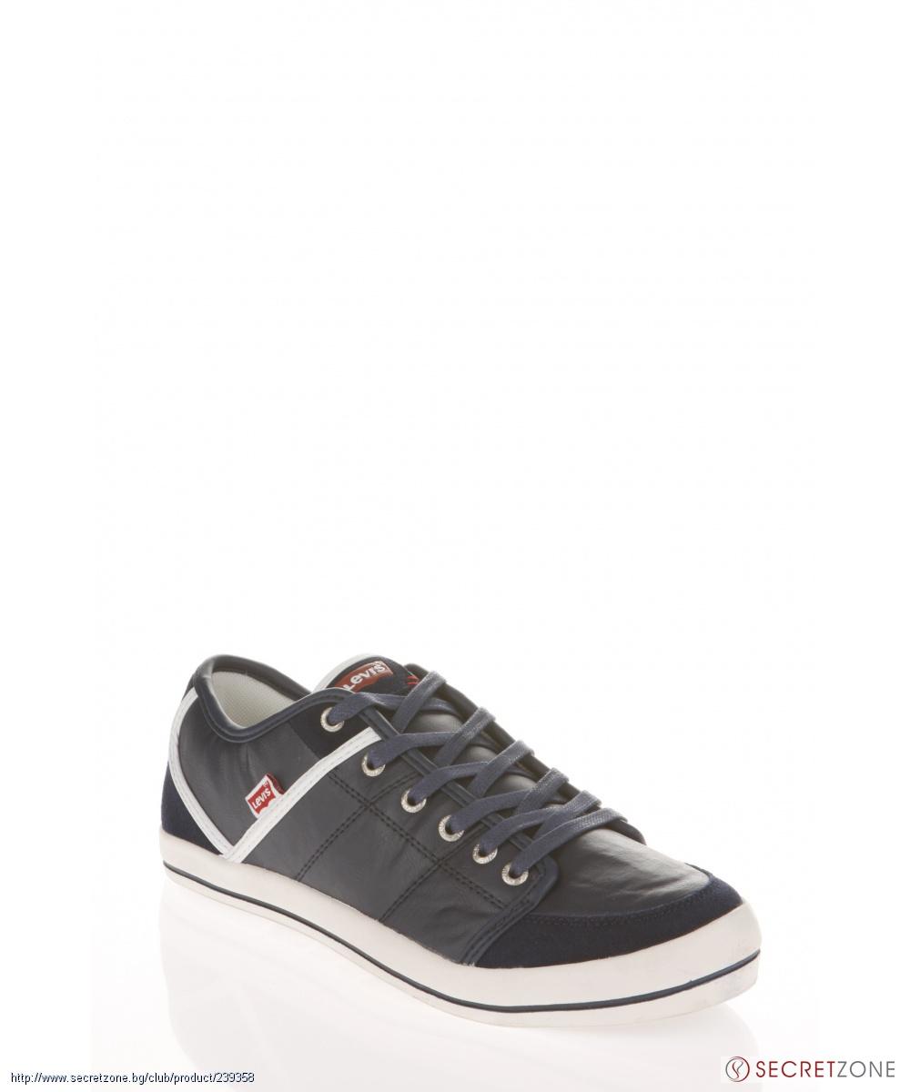 ff08ede126d Мъжки черни обувки с бяла подметка от Levis | Secretzone.bg