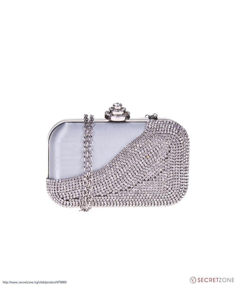 2aa500b87b5 Клъч чанта в сребристо с блестящи камъни от 1to3   Secretzone.bg